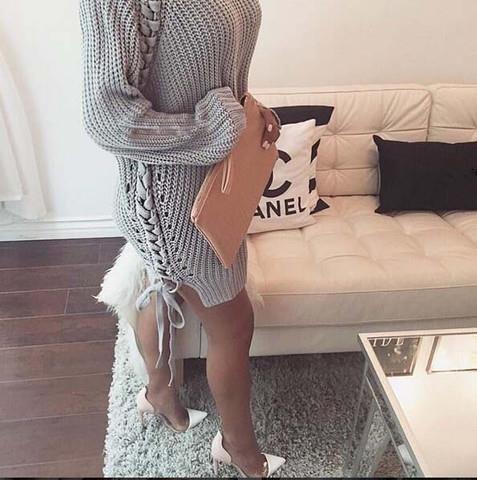 svetrové šaty s lodičkami