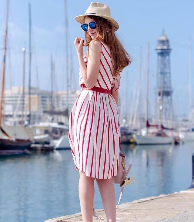 pruhované šaty móda dámská