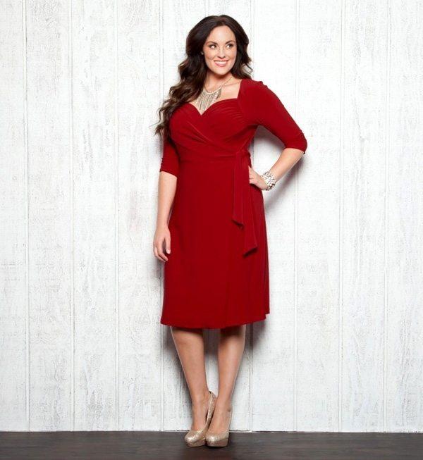 šaty velká prsa jak nosit