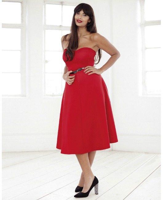 šaty bez ramínek velká prsa