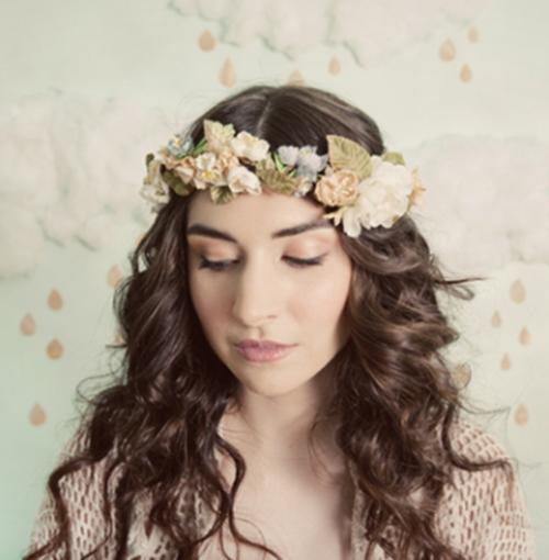 šperky do vlasů květinový věnec