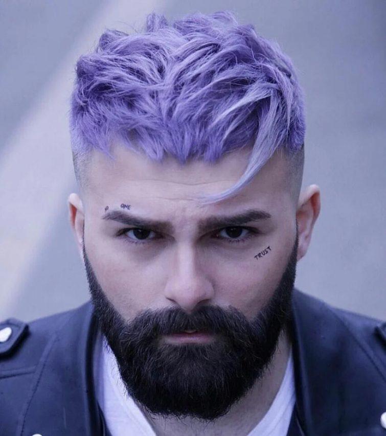 trendy panske ucesy 2021 barevne vlasy