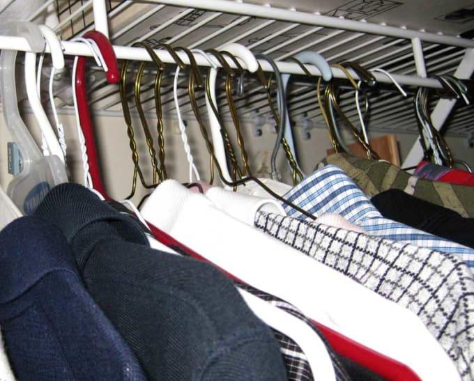 Organizace šatní skříně lifehack